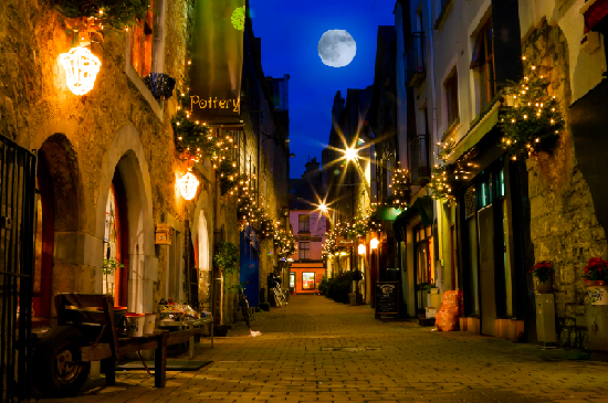 Galway at Christmas - Visit Galway - Sleepzone Hostels